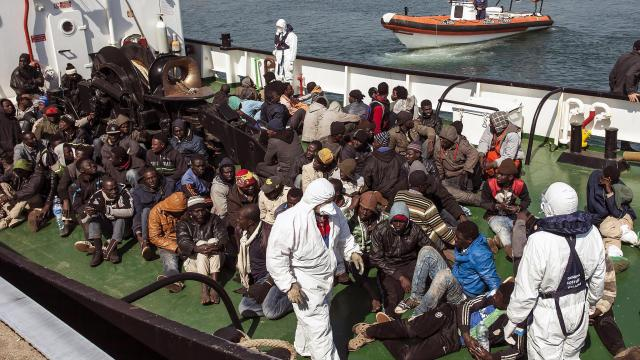 is-smokkelt-militanten-in-vluchtelingenboten-europa