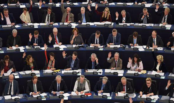 eu-parliament-831865